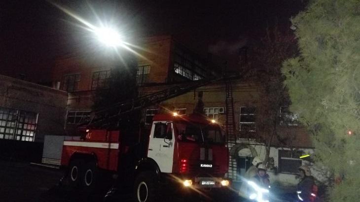 В Астрахани горел завод ТРЗ